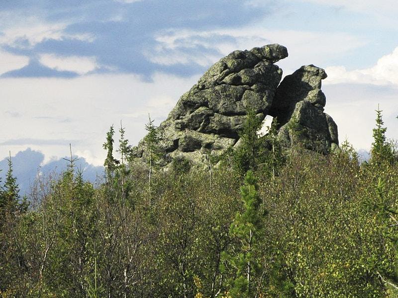 Камни на Среднем Урале
