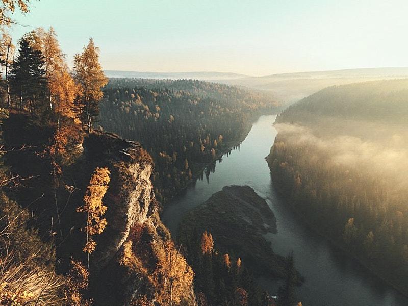 Река Усьва летом