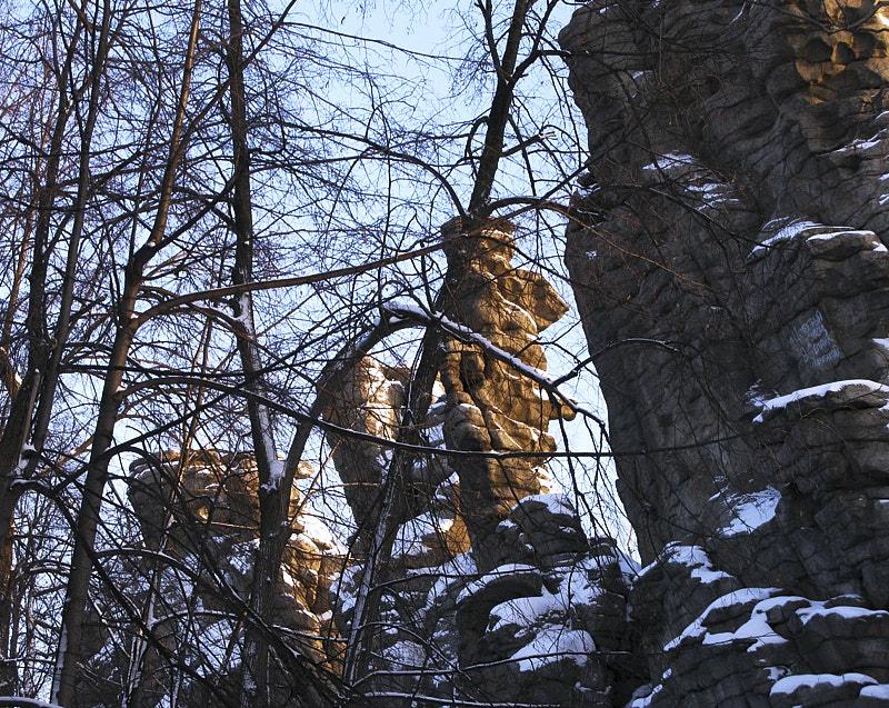 Фрагмент скалы Семь Братьев