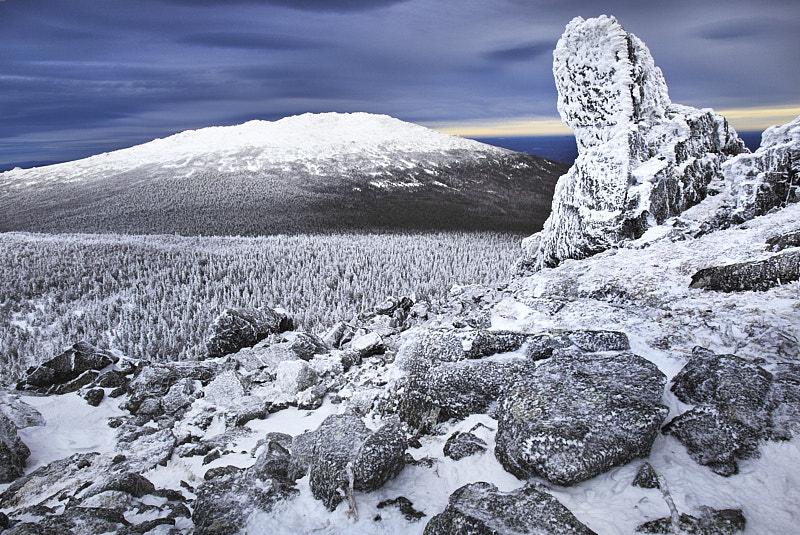 Камень у горы Семичеловечья