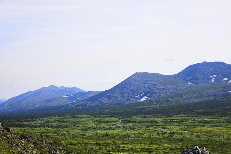 Вид на Хребет Ялпынг-Ньёр