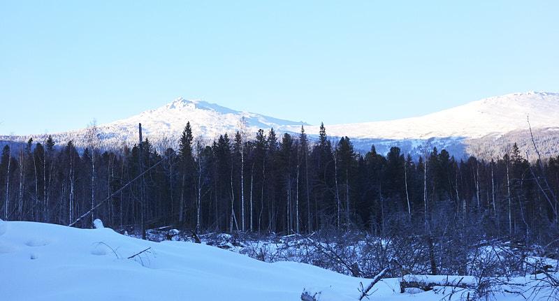 Панорама на гору Серебрянский Камень