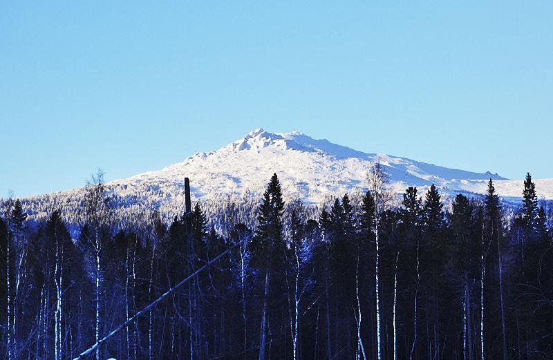 Вершина горы Серебрянский Камень